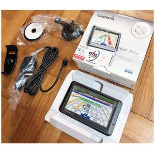 BN Garmin nüvi 205W GPS Navigator
