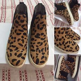 Leopard High top (REPRICED)