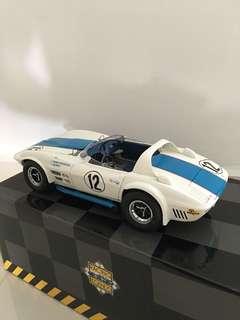 1/18 Exoto Corvette Grand Sport. White/Blue.