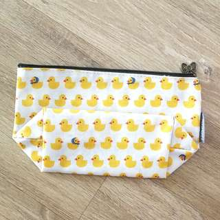 🚚 Water resistant Duck Pouch, for Cosmetics etc.