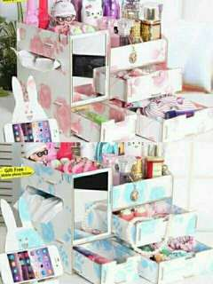 Wooden make up organizer