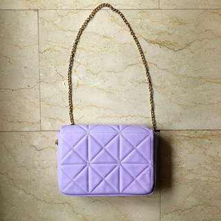 🚚 Pastel Purple Quilted Sling Bag