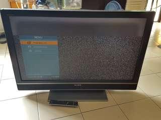 Spoil LCD TV