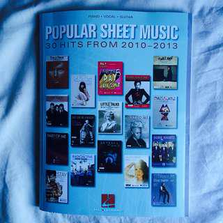 🎶🎵Pop music songbook (piano/vocal/guitar)