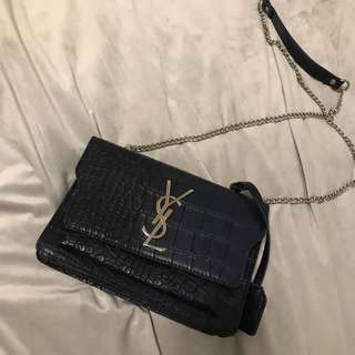 Ysl navy bag