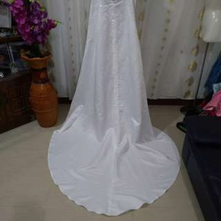BRIDAL WEDDING GOWN TAIL