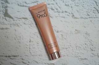 Lakme 9to5 Mousse Foundation