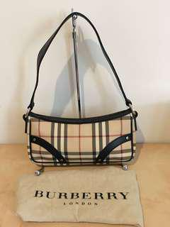 Preloved Burberry bag small mulus Authentic