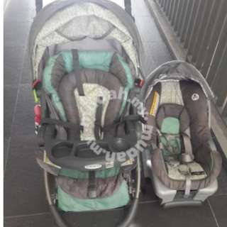 Graco 3-in-one Stroller, Infant seat and Baby carrier