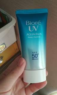 Biore UV Aquarich Watery Essence SPF50