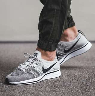 Authentic Nike Flyknit Trainer Pale Grey Colorway