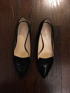 Black Nine West Heels size 7