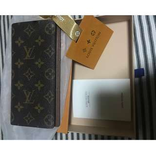 Louis Vuitton Brazza Monogram