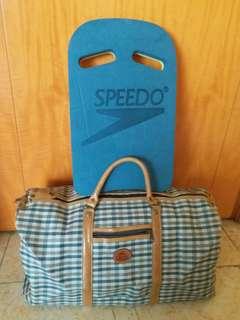 手提旅行袋及浮板