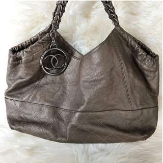 Chanel Bag Leather Metallic Coco Cabas Tote in Khaki