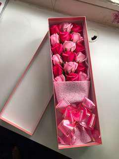 Roses Bouquet Box