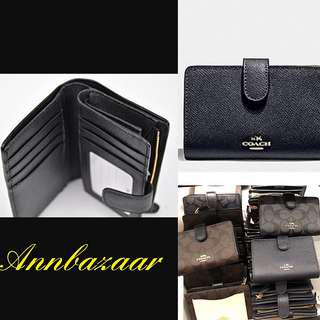 baefc83c0af1 SPECIAL OFFER! Medium Coach Wallet (100% Authentic)