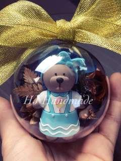 Starbuck Bear Crystal Ball