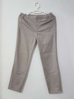 UNIQLO Ankle Pants Beige