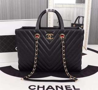 Chanel Caviar Quilted Large Coco Handle Shopping Tote Bag in GHW