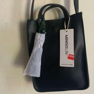 Miniso sling bag / crossbody bag / selempang black