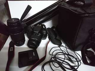 Canon 1300D with accessories