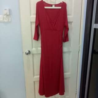 Mothers en vogue size L red maternity/nursing dress