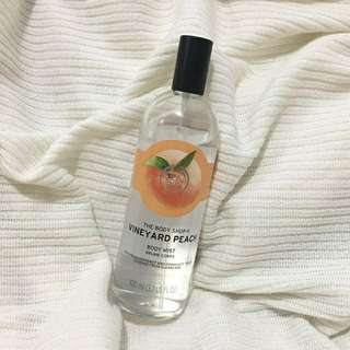 The Body Shop - Body Mist Peach