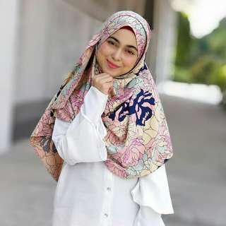 Instant pucci shawl