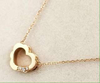 18K solid gold heart with diamonds