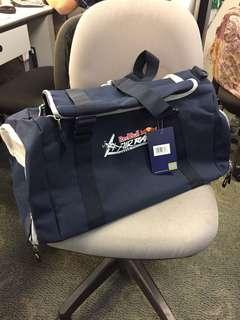 Red Bull 紅牛紀念版大旅行袋 (全新)