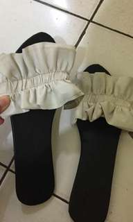Sandal renda