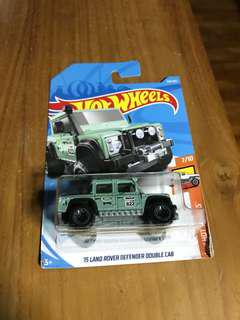 Hotwheels Land Rover Defender 110 Pickup truck offroad 4wd 4x4