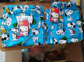 Snoopy 睡衣一套 pyjamas