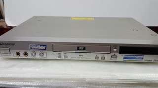 Pioneer DVD Player - DV-555K