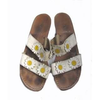 Bangkok Sunflower Sandals