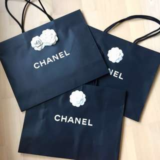 Chanel Paper Bag all  (size 33x43)