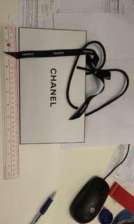 Chanel's 紙袋