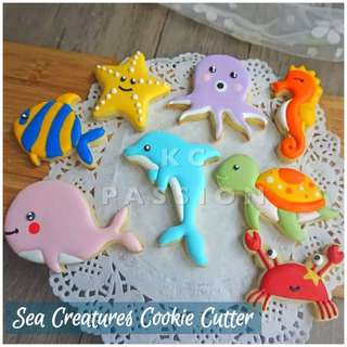 🐳 SEA CREATURES COOKIE CUTTER MOLD SET TOOL [ Shark • Fish • Starfish • Octopus • Seahorse • Turtle • Crab ] Cake Decorating Tool for Cookies • Fondant Cake & Cupcake • Bread Dough • Pastry • Sugar Craft • Jelly • Gum Paste • Polymer Clay Art Craft •