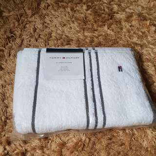 TOMMY HILFIGER COTTON STRIPES BATH TOWEL