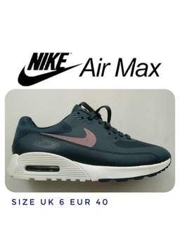 Nike Air Max Unisex