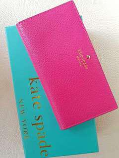 Kate Spade Stacy Wallet snap closure