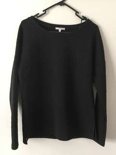 Valleygirl Size M Black Quilted Sweater