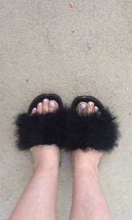 Black slides with real marabou feathers not faux fur!!