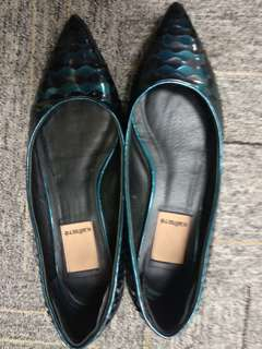 Preloved Kalliste Flat Shoes