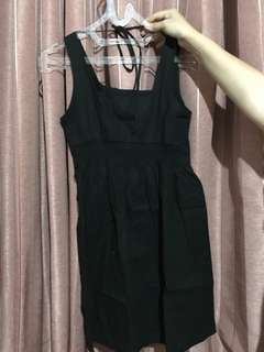 Black mini dress size s