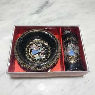 🚚 陶瓷煙灰缸組