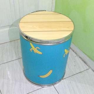 kursi tong motif banana