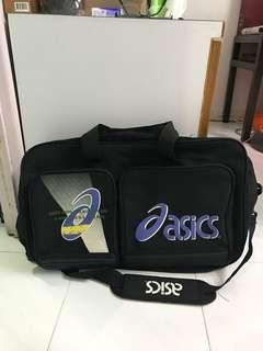 ASICS 黑色旅行大袋