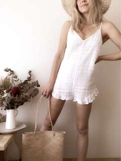 Glassons White Linen Look Playsuit size 6